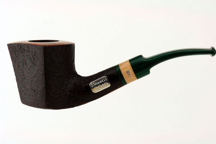 Stanwell Year Pipe 2015 with smooth rim
